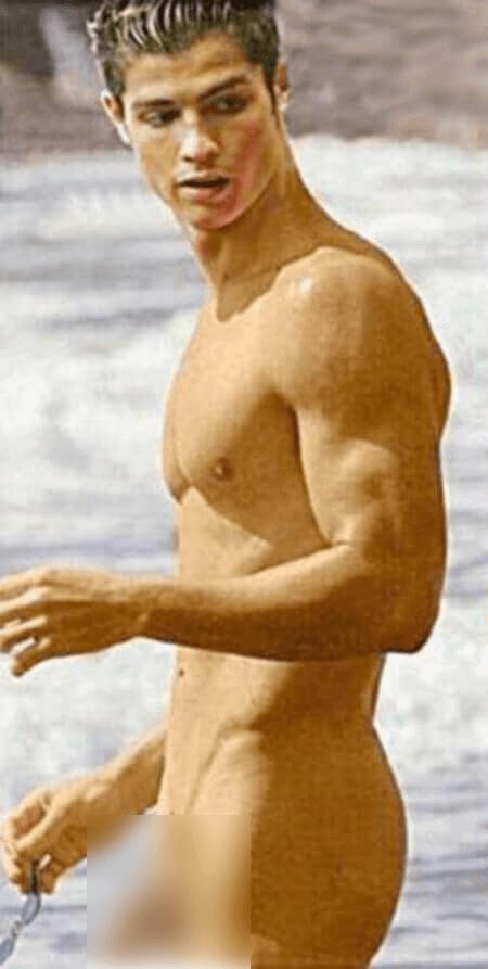 Cristiano Ronaldo leaked naked pic